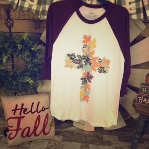 🍁Fall leaf cross raglan